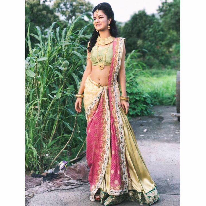 Beautiful Anveet Kaur Alias Young Phaki In Saree