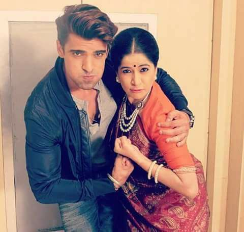 One Word This Onscreen Mother And Son